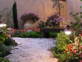תאורת גן איכותית